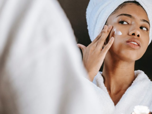 10-ingredients-to-avoid-when-buying-skin-care