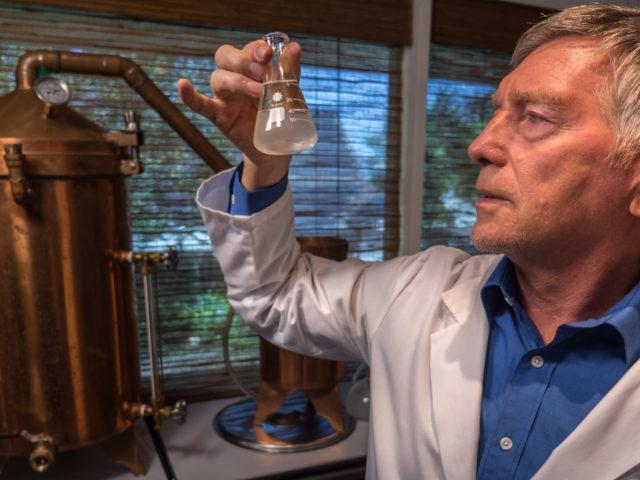the-making-of-the-rejuvenating-serum-lotion